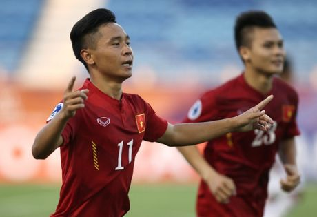 Truc tiep U19 Viet Nam - U19 Nhat Ban: Mo noi dai ky tich - Anh 1