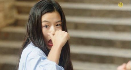'Co nang ngo ngao' da bay Lee Min Ho vi dam nhin trom - Anh 10