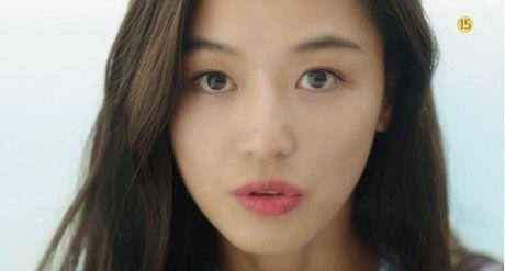 'Co nang ngo ngao' da bay Lee Min Ho vi dam nhin trom - Anh 4