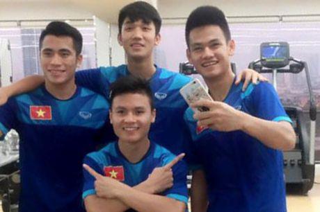 DIEM TIN SANG (27.10): U19 Viet Nam ap dung chien thuat cua Mourinho - Anh 2
