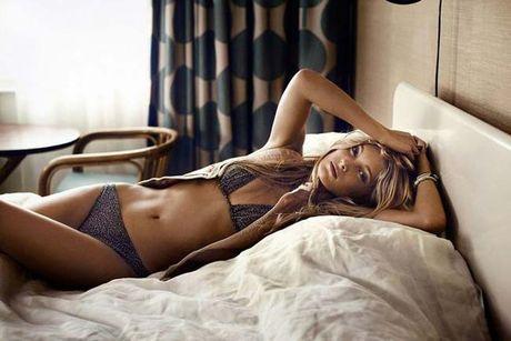 3 thien than toc vang dep ruc lua cua Victoria's Secret - Anh 4