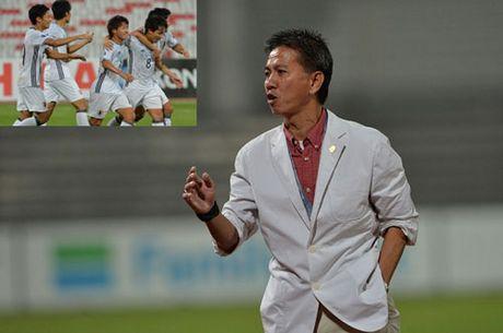 DIEM TIN TOI (27.10): HLV Hoang Anh Tuan chi ra diem yeu cua U19 Nhat Ban - Anh 1