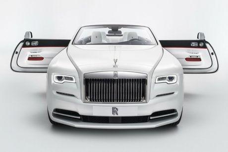 Rolls-Royce ra mat bo 3 xe sieu sang Dawn ban dac biet - Anh 2