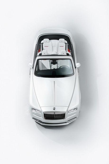 Rolls-Royce ra mat bo 3 xe sieu sang Dawn ban dac biet - Anh 3