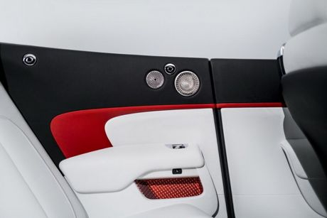 Rolls-Royce ra mat bo 3 xe sieu sang Dawn ban dac biet - Anh 5