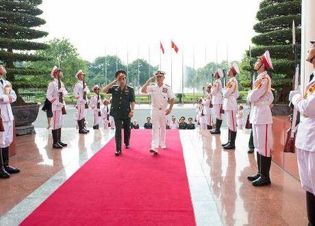 Do doc My den Viet Nam khang dinh cam ket tang cuong hop tac quoc phong - Anh 1