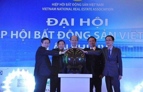 Nha bao Pham Nguyen Toan- TBT Tap chi Dien tu Bat Dong San Viet Nam (REATIMES): Chung toi chon thi truong ngach va cach lam bao tich cuc - Anh 1