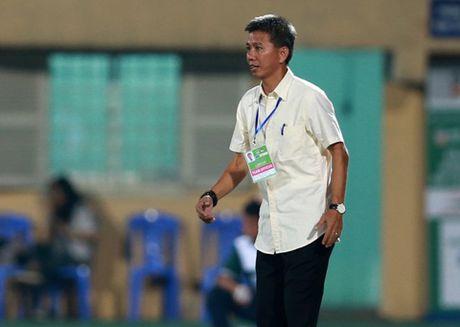 Diem tin 27/10: HLV Hoang Anh Tuan up mo vu khi bi mat doi pho Nhat Ban - Anh 1