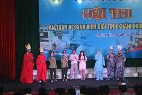 Khanh Hoa: Thi An toan - ve sinh vien gioi - Anh 1