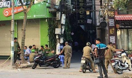 Le tan nha nghi Nam Cuong tu vong sau tieng sung no - Anh 1