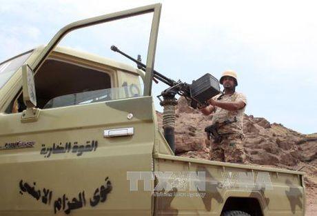 Giao tranh khap Yemen sau khi LHQ de xuat ke hoach hoa binh - Anh 1