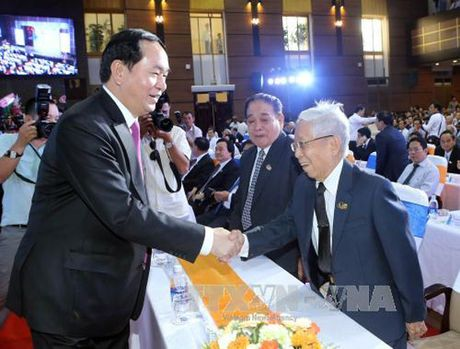Chu tich nuoc du ky niem 40 nam truong Dai hoc Kinh te TP. HCM - Anh 2