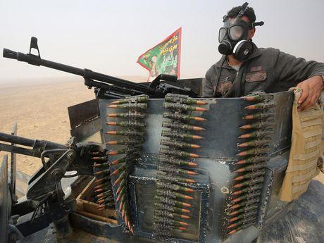 IS cao rau, thay doi quan ao de… thao chay khoi Mosul - Anh 1