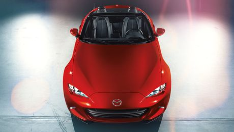 Sieu xe Mazda MX-5 Miata lan dau 'lo dien' - Anh 1