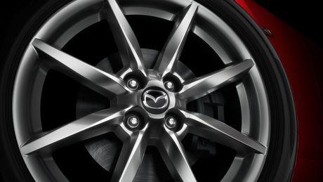 Sieu xe Mazda MX-5 Miata lan dau 'lo dien' - Anh 3