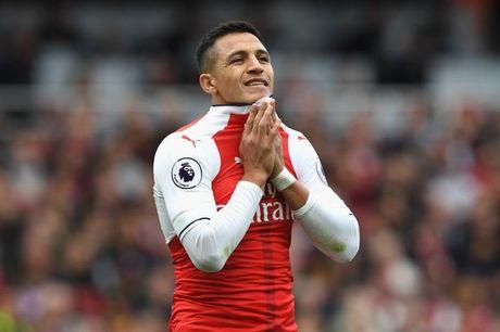 Sanchez noi doa vi khong duoc 'ngoi chung mam' voi Messi - Anh 1