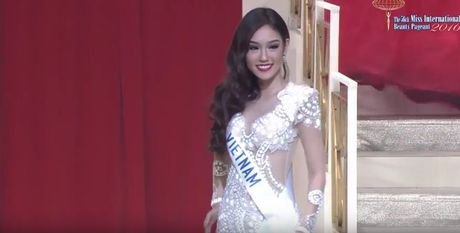 Phuong Linh truot top 15 Hoa hau Quoc te 2016 - Anh 3