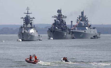 Dap tra NATO, Nga tang cuong hoa luc cho ham doi Baltic? - Anh 1