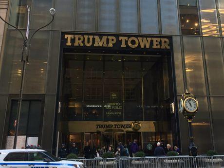 Co gi dac biet ben trong toa thap cua Donald Trump o trung tam New York? - Anh 2