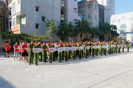 17 doi tham du giai bong chuyen Canh sat PCCC TP Ha Noi - Anh 1