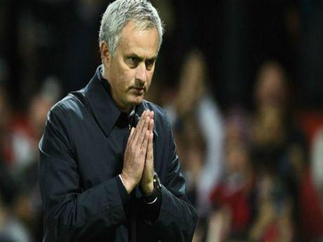 Mourinho - MU: Them 2 ty bang, loai Ibra, dung Rooney - Anh 1