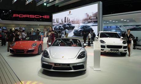 Chiem nguong dan sieu xe bac ty cua Porsche tai VIMS 2016 - Anh 1