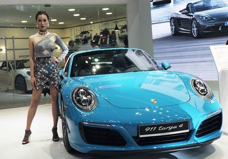 Chiem nguong dan sieu xe bac ty cua Porsche tai VIMS 2016 - Anh 3