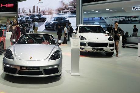 Chiem nguong dan sieu xe bac ty cua Porsche tai VIMS 2016 - Anh 5