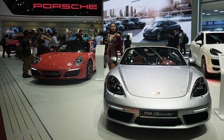 Chiem nguong dan sieu xe bac ty cua Porsche tai VIMS 2016 - Anh 6
