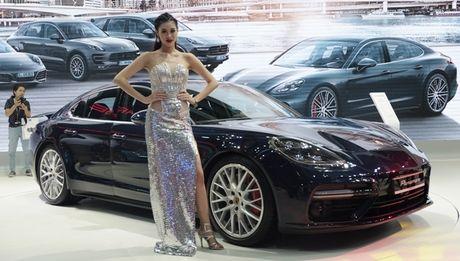 Chiem nguong dan sieu xe bac ty cua Porsche tai VIMS 2016 - Anh 7