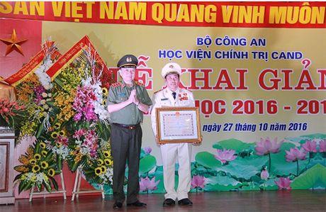 Xung dang la noi dao tao sy quan chinh tri cua luc luong CAND - Anh 3