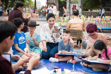 Hoa hau Ngoc Han, A hau Thanh Tu di day ve cho tre em - Anh 14