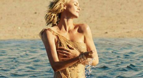 Charlize Theron dep tua nu than trong doan phim quang cao nuoc hoa - Anh 1