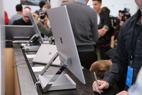 Microsoft Surface Book va Studio ra mat cuc an tuong - Anh 16