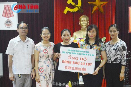 Cong doan Ngan hang Viet Nam ho tro nguoi dan vung lu 1,7 ty dong - Anh 3