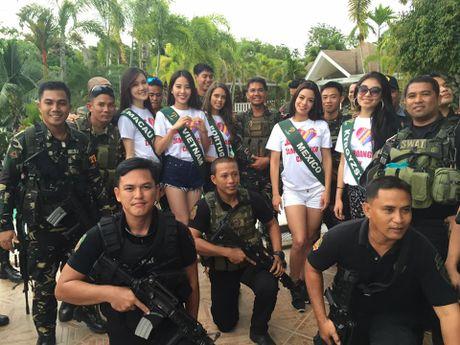 Nhung hinh anh moi nhat cua Nam Em tai Miss Earth 2016 - Anh 3