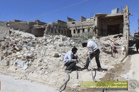 Tho Nhi Ky tuyen bo khong tu bo chien dich oanh kich o Syria - Anh 1