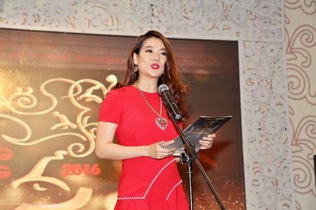 Sap het han nhan bai du thi giai thuong Qua chuong vang 2016 - Anh 1