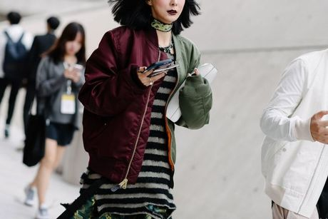 Tai sao Seoul Fashion Week tro thanh 'mien dat hua' cho cac thuong hieu thoi trang moi? - Anh 12