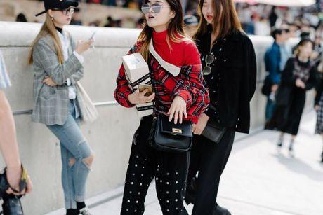 Tai sao Seoul Fashion Week tro thanh 'mien dat hua' cho cac thuong hieu thoi trang moi? - Anh 5