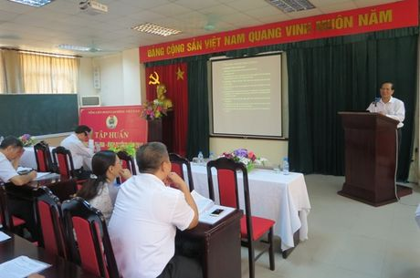 Tong LDLDVN: Huong dan thuc hien Quy che Khen thuong cua to chuc CD - Anh 1