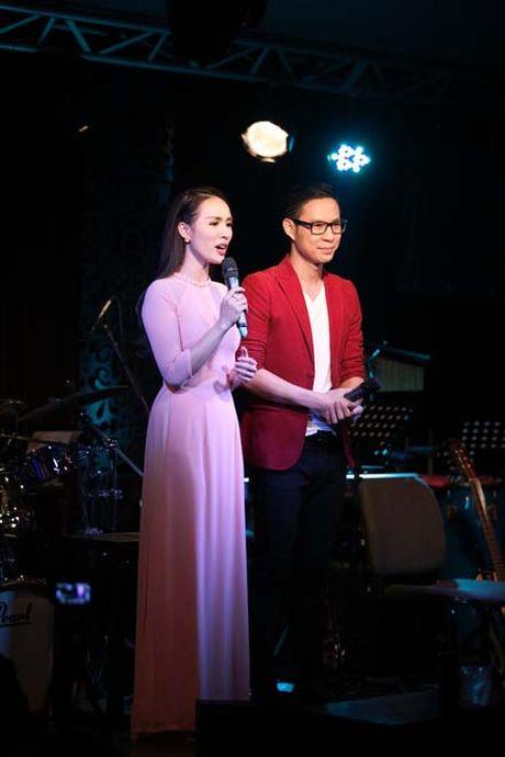Jang Mi lan dau hat phong tra trong dem nhac ung ho nguoi dan mien Trung - Anh 10