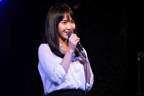 Jang Mi lan dau hat phong tra trong dem nhac ung ho nguoi dan mien Trung - Anh 1
