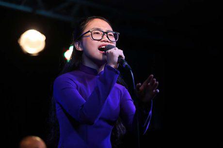 Jang Mi lan dau hat phong tra trong dem nhac ung ho nguoi dan mien Trung - Anh 3