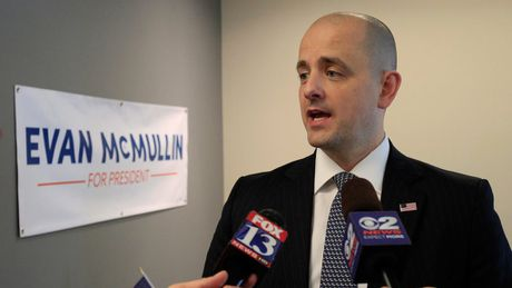 Nuoc My se co tong thong 40 tuoi ten Evan McMullin? - Anh 1