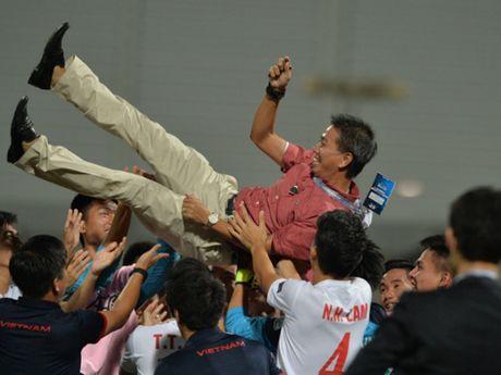 U-19 Viet Nam: Thang lam vua, thua da co suat World Cup - Anh 1