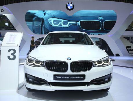 BMW dung la sieu xe, cong nghe va nguoi dep - Anh 5
