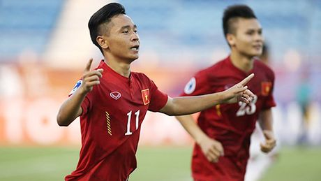 Doi hinh ket hop 2 lua U19 Viet Nam day hua hen - Anh 10