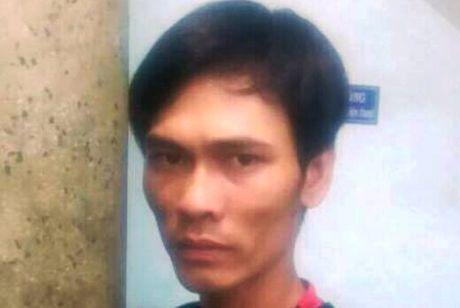 Canh sat hinh su bat ke cuop giat iPhone o Sai Gon - Anh 1