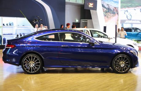 Chi tiet Mercedes C300 Coupe gia 2,7 ty dong tai VIMS - Anh 3